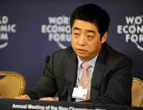 华为技术副董事长兼轮值CEO胡厚崑(新华社)