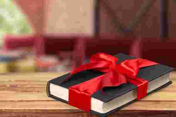 每个营销人员在出售任何东西之前都应该阅读7本书