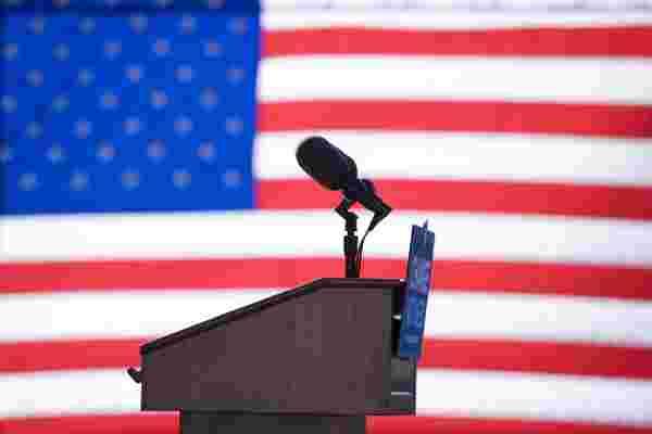 为什么我们相信总统对经济有权力?