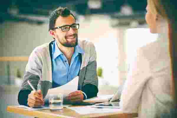 招聘提示: 询问应聘者,不要谈论职位