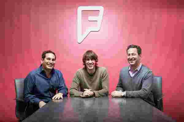 发明办理登机手续后,Foursquare努力将其位置超级大国出售给所有人